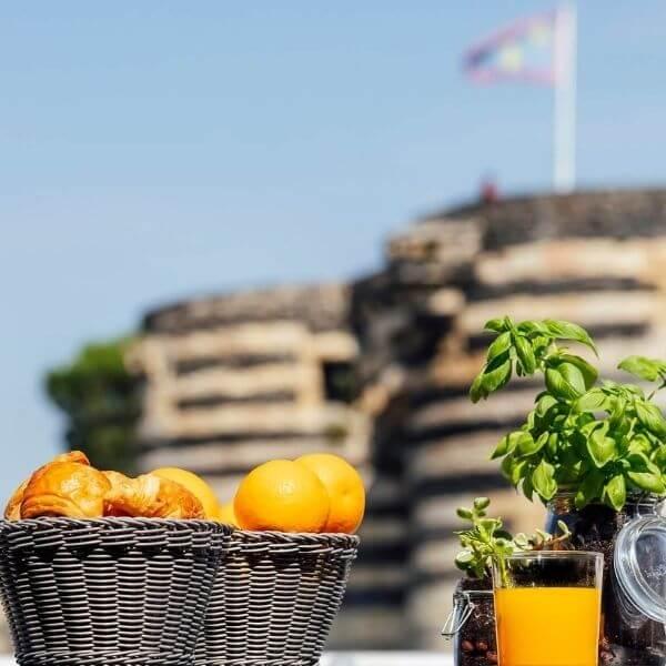 La terrasse, Rooftop avec vue sur la château d'Angers, le lieu idéal pour organiser votre éco-évènement
